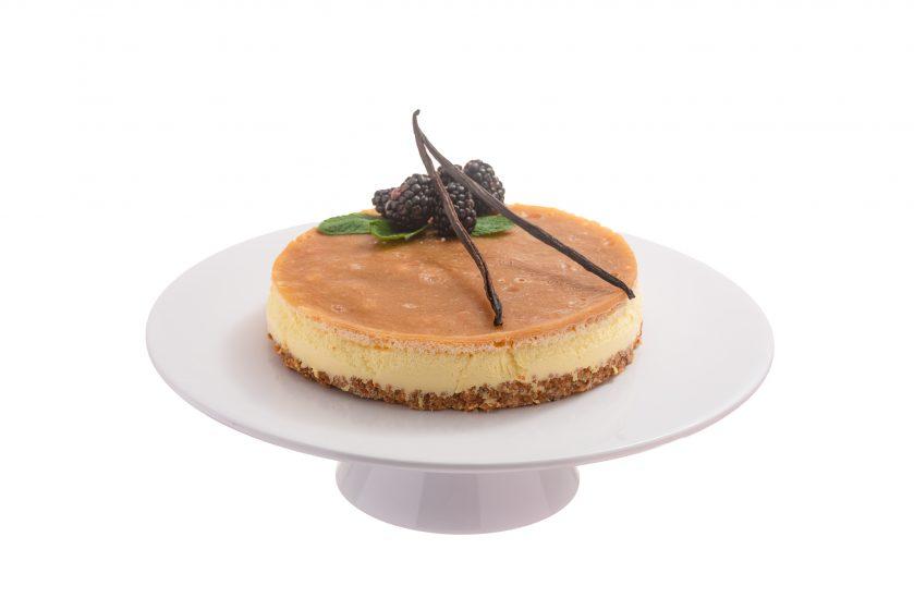 Vegaaninen raparperikakku - kakku - hääkakku - hääkakut